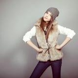 muchacha en ropa del invierno Imágenes de archivo libres de regalías