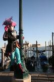 Muchacha en traje en el carnaval de Venecia Imágenes de archivo libres de regalías