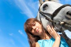 Muchacha en un caballo Fotos de archivo