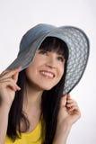 Muchacha en un sombrero del verano Fotografía de archivo libre de regalías