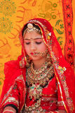 Muchacha en vestido tradicional que participa en el festival del desierto, Jaisal Imagenes de archivo