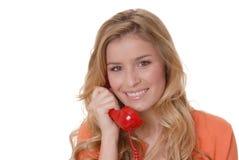 Muchacha encantadora en el teléfono fotografía de archivo libre de regalías