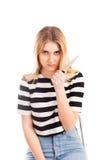 Muchacha enojada con el cuchillo aislado Foto de archivo libre de regalías