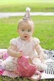 Muchacha expresiva del cumpleaños Fotografía de archivo libre de regalías