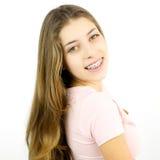 Muchacha feliz con la sonrisa de los apoyos aislada Imagenes de archivo