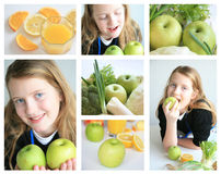 Muchacha feliz con las frutas foto de archivo