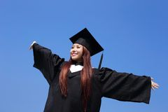 Muchacha feliz del estudiante de tercer ciclo Foto de archivo libre de regalías