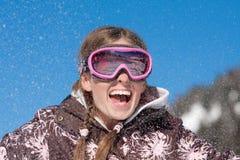 Muchacha feliz el vacaciones del invierno Imagen de archivo libre de regalías
