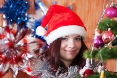 Muchacha feliz que celebra Año Nuevo Fotografía de archivo libre de regalías