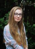1 Muchacha-floral adolescente Foto de archivo libre de regalías