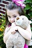 Muchacha hermosa con el oso del peluche Fotografía de archivo libre de regalías