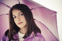 Muchacha hermosa con el paraguas Imagen de archivo