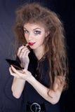 Muchacha hermosa con el pelo loco Imagenes de archivo