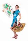 Muchacha hermosa con el ventilador japonés Imágenes de archivo libres de regalías