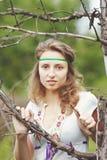 Muchacha hermosa con las cintas Fotos de archivo