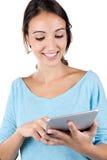 Muchacha hermosa con su tableta digital Imagenes de archivo