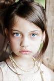 Muchacha hermosa con Updo Imagen de archivo
