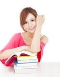 Muchacha hermosa del estudiante con los libros Aislado en el fondo blanco Imagenes de archivo