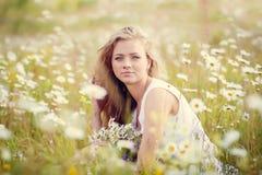 Muchacha hermosa del verano Imagen de archivo libre de regalías