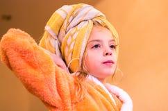 Muchacha hermosa después del baño Imagen de archivo libre de regalías