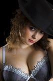Muchacha hermosa en el sombrero Imagen de archivo libre de regalías
