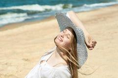 Muchacha hermosa en la playa #6 Imagenes de archivo