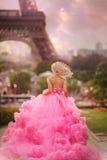 Muchacha hermosa en París Fotografía de archivo