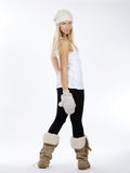muchacha hermosa en ropa del invierno Imagen de archivo libre de regalías