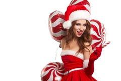 Muchacha hermosa joven en el estudio por el Año Nuevo, la Navidad Imagen de archivo