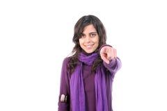Muchacha hermosa joven, gestos con el dedo Imagen de archivo
