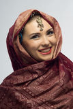 Muchacha hermosa sonriente de Oriental Imagenes de archivo