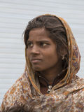 Muchacha india del mendigo en la calle en Leh, Ladakh La India Fotos de archivo