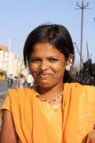 Muchacha india sonriente Fotografía de archivo libre de regalías