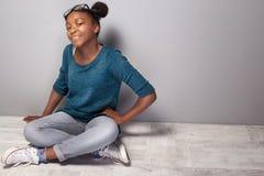 Muchacha joven de moda del teenag Imagen de archivo