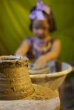 Muchacha joven del alfarero Imagen de archivo
