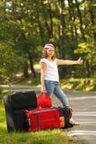 Muchacha joven del autostopista Foto de archivo libre de regalías