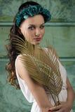 Muchacha linda con estilo de la primavera Imagen de archivo libre de regalías
