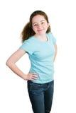 Muchacha linda de Latina en camiseta azul en blanco Foto de archivo