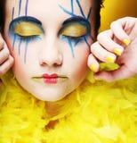 Muchacha loca con rostro creativo Foto de archivo libre de regalías