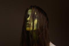 Muchacha malvada del zombi Foto de archivo libre de regalías