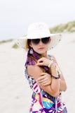 Muchacha modelo en la playa Imagen de archivo
