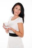 Muchacha morena positiva con la taza de café Fotografía de archivo libre de regalías