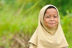 Muchacha musulmán feliz Fotos de archivo libres de regalías