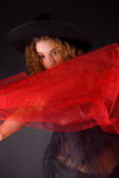 Muchacha pelirroja sensual en sombrero Foto de archivo libre de regalías