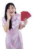 Muchacha que anuncia Año Nuevo chino feliz Imágenes de archivo libres de regalías