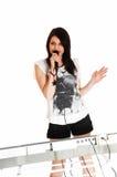 Muchacha que canta con el teclado. Imágenes de archivo libres de regalías