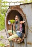 Muchacha que canta en el anillo 3 Imagenes de archivo