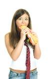 Muchacha que come un emparedado Foto de archivo libre de regalías