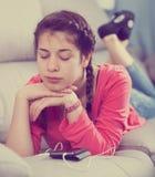 Muchacha que está triste Foto de archivo