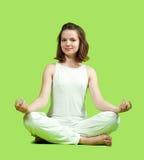 Muchacha que hace yoga Fotografía de archivo libre de regalías